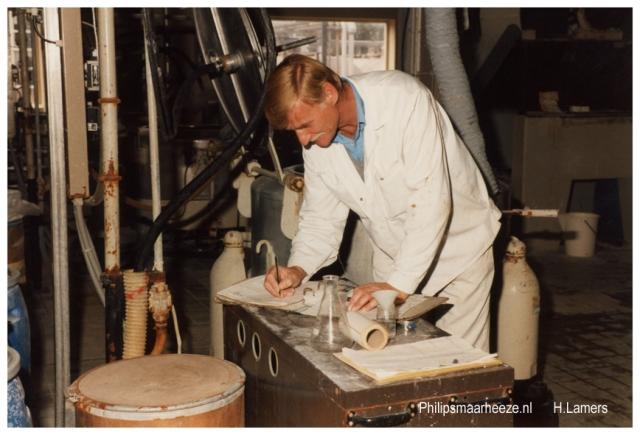 W.Lutters 25 jaar Philips ( werkplek) (2)